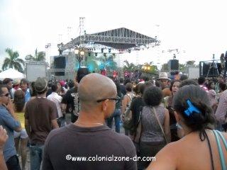 watching concert por los haitises