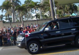 presidente lionel arrives at the parade 2009