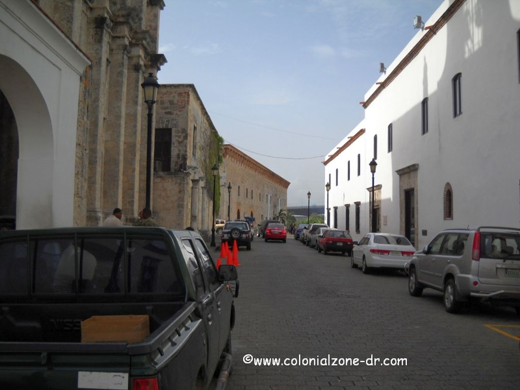 hostal nicolas de ovando on calle las damas