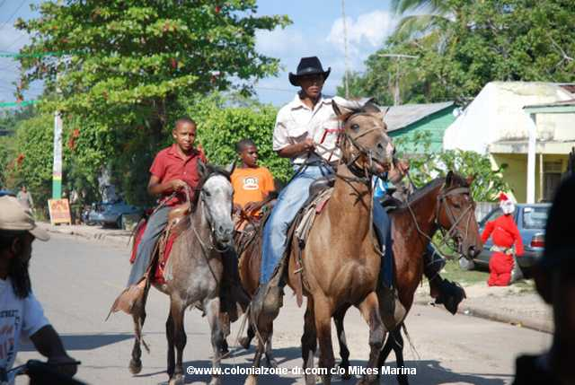 bull_run2007 in Bayaguana, Dominican Republic-cowboys