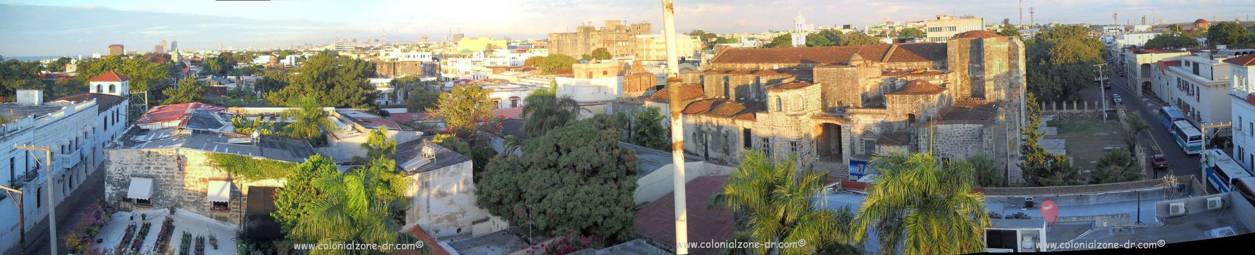 panoramic view of Cuidad Colonial from Padre Billini to Isabel la Catolica