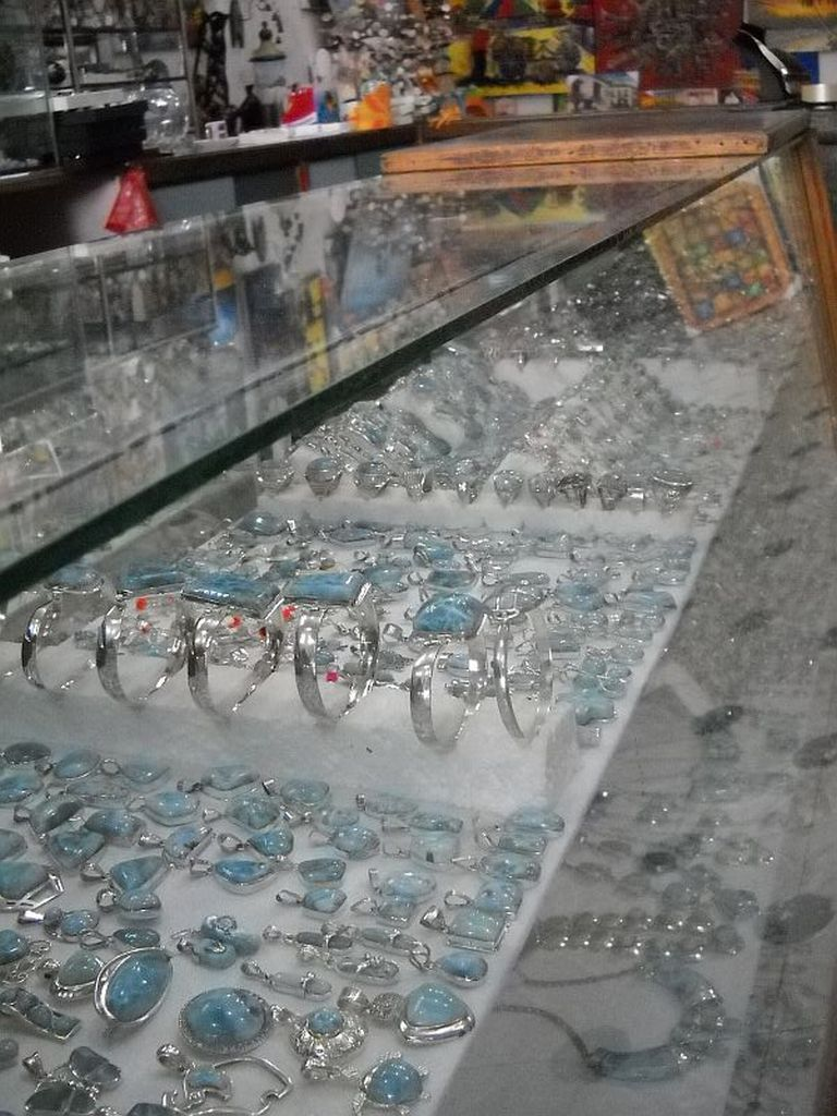 a wide variety of Larimar jewelry in a Zona Colonial gift shop.