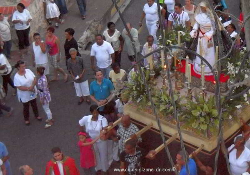 statue of virgin mary / la altagracia in the easter procession