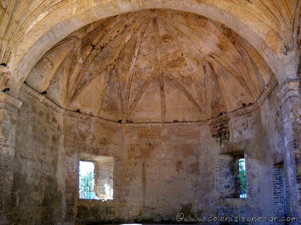 Capilla de la Tercera Orden Franciscana inside the Ruinas del  Monasterio de San Francisco