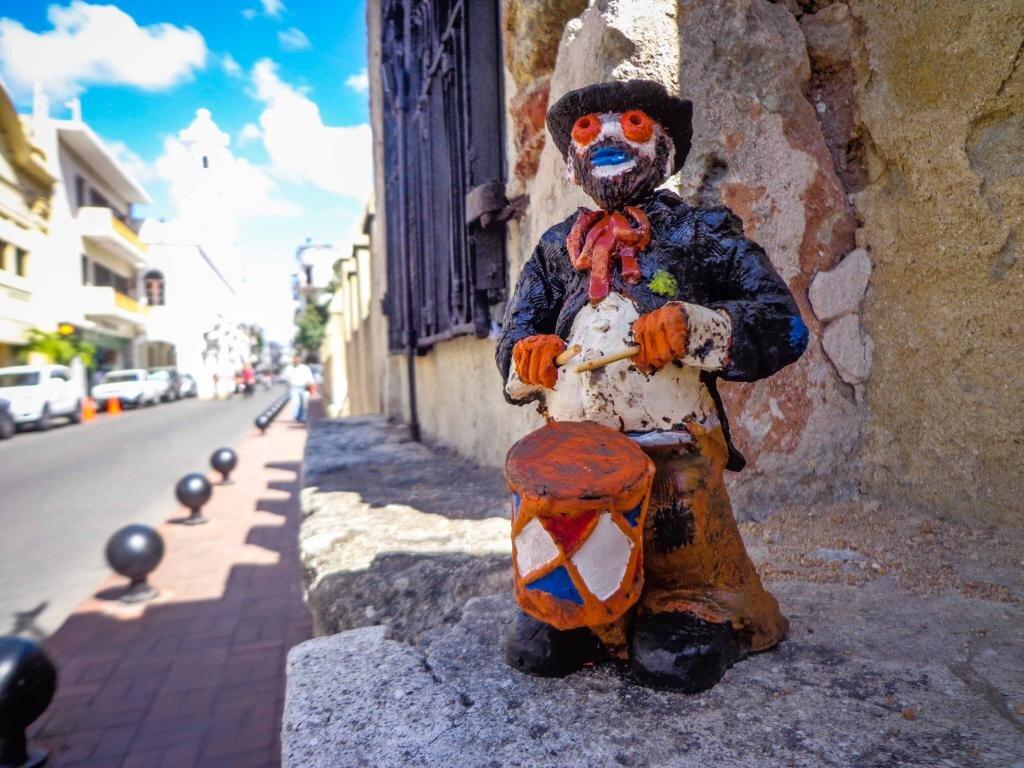 The Go Santo Domingo Ciudad Colonial Carnaval mascot statue of Lolito Flochón