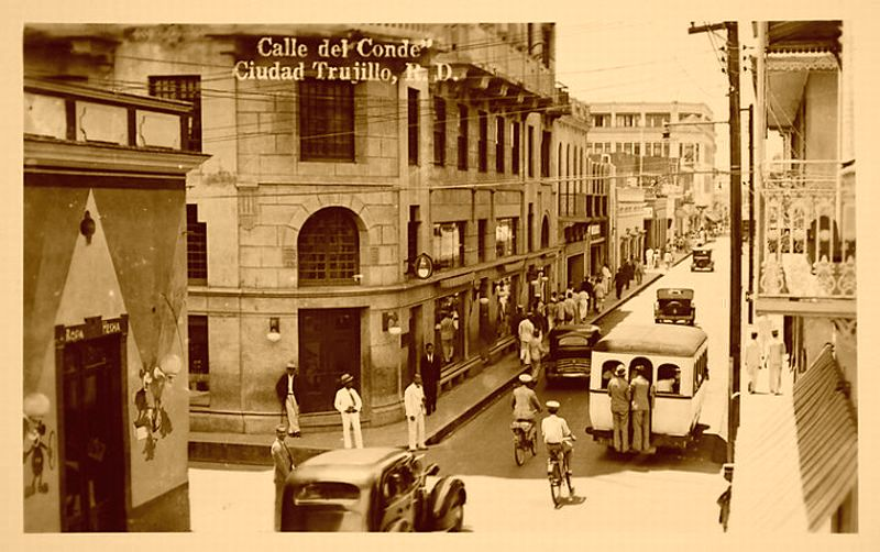 Calle el Conde at Hostos 1940's