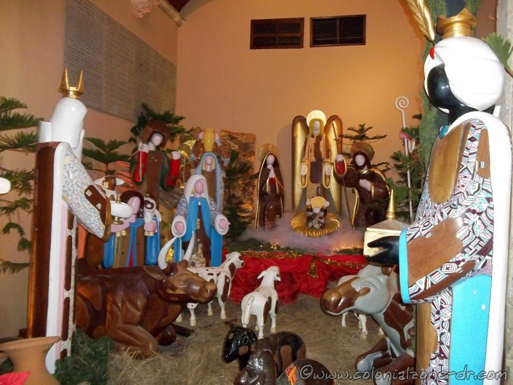 A Creche made from the traditional faceless dolls in the oldest Cathedral in the Americas, The Cathedral of Santo Domingo