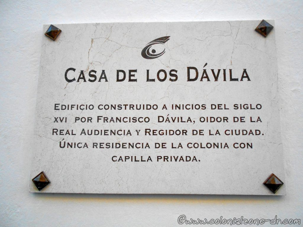 Plaque on Casa de los Dávila