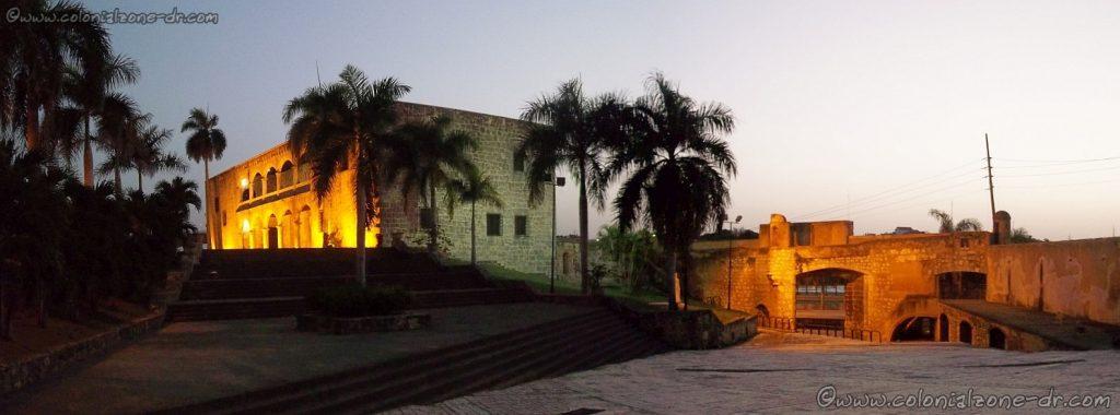 Alcazar de Colon y Puerta de San Diego 8-2014