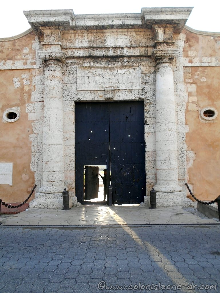 La Puerta de Charles III, The entrance to Fortaleza Ozama.