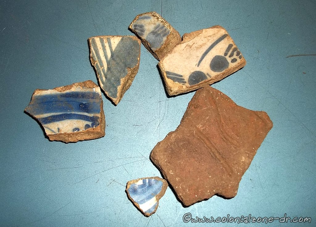 Sherds from old pottery found on the grounds of the Fortaleza Ozama