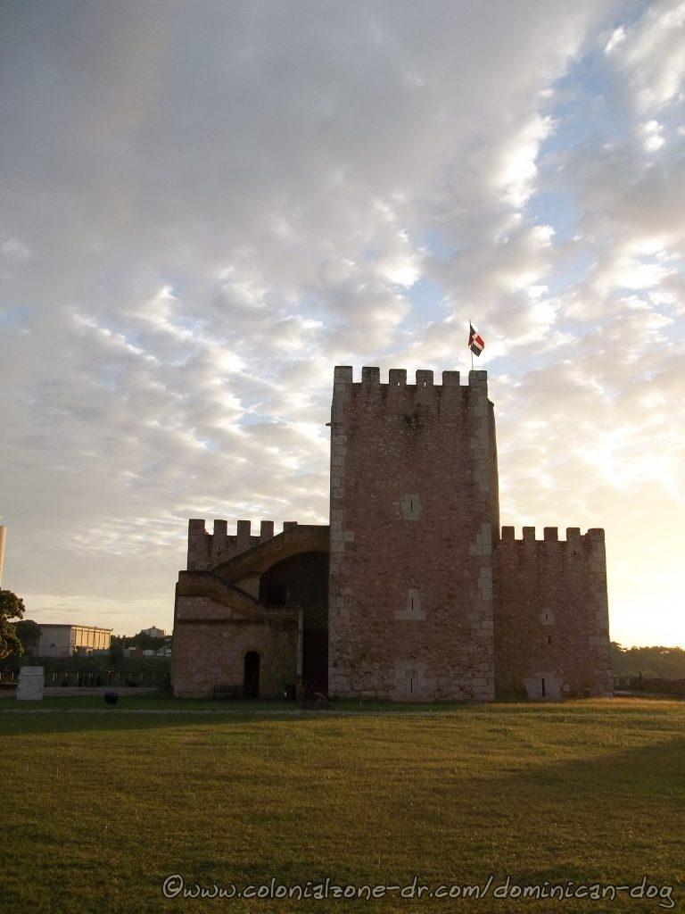 Torre del Homenaje resembles a medieval castle