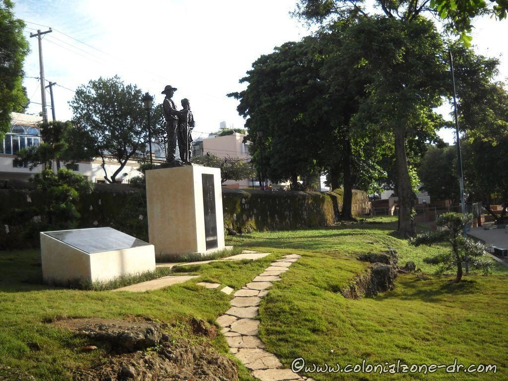 Japanese Agricultural Immigration Plaza and Monument