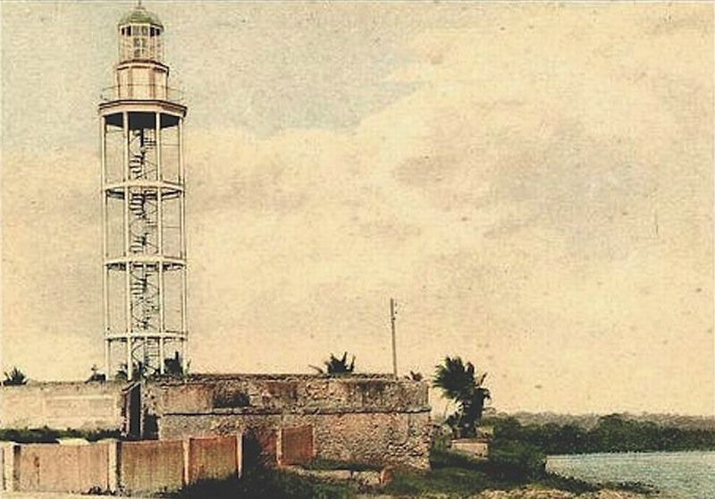 Fort San José and the Faro (lighthouse) in the early 1900's.