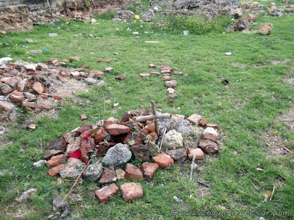 Something buried at the Ruinas del Monasterio de San Francisco.