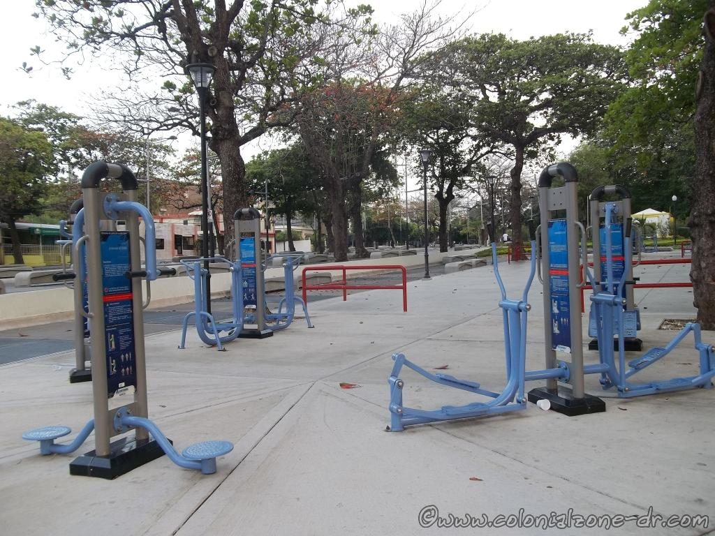 The exercise equipment -  Parque Eugenio María de Hostos