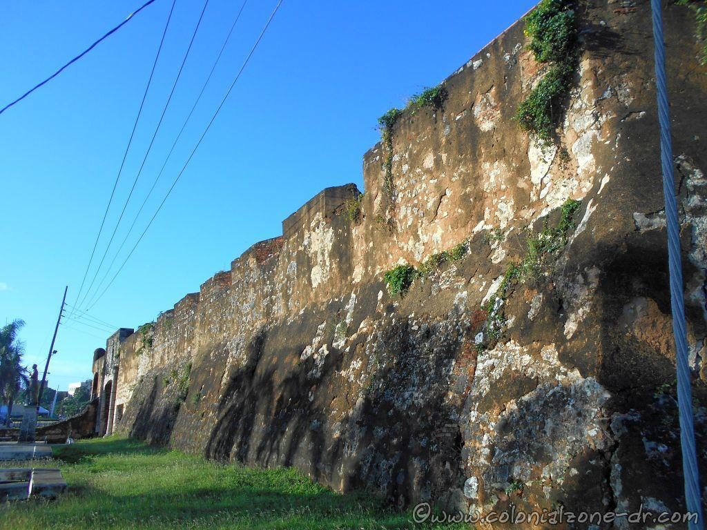 The wall of the fort Don Diego and Puerta Don Diego is the distance.