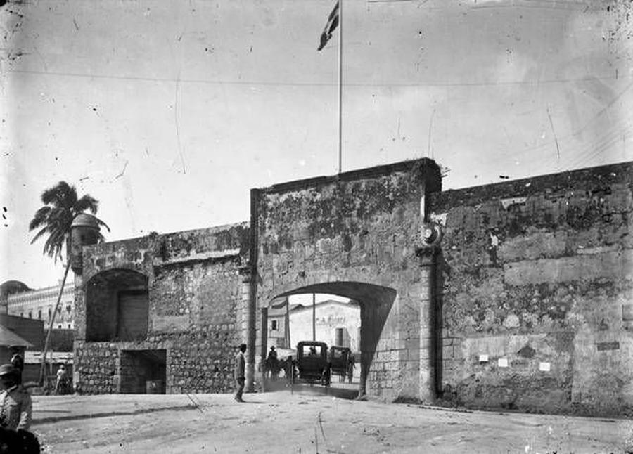 The Puerta del San Diego 1910