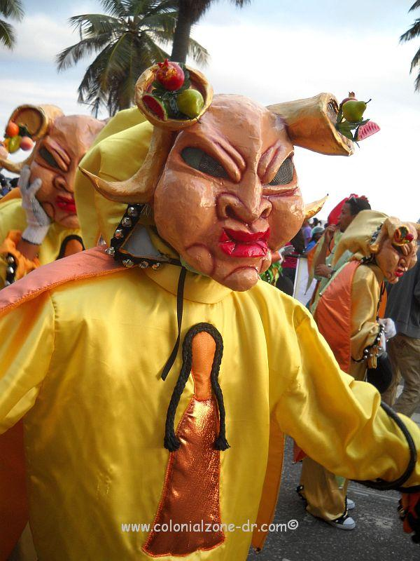 The swollen-faced carnival personality from Moca, El Jinchaíto, participating in Carnaval in Santo Domingo.