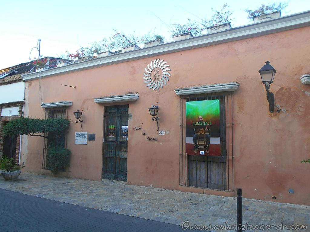 Casa de Teatro, Calle Arz. Meriño, Ciudad Colonial