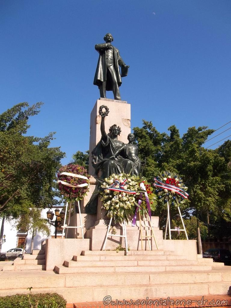 Honoring Juan Pablo Duarte on Día de Duarte with wreaths that were placed in his honor.