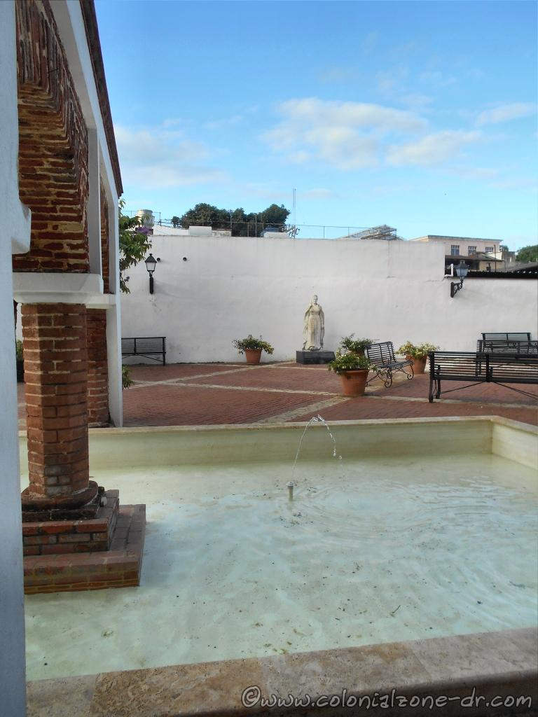 The Plaza and Fountain in the Reflecting Pool with the statue of Maria de Toledo looking on.