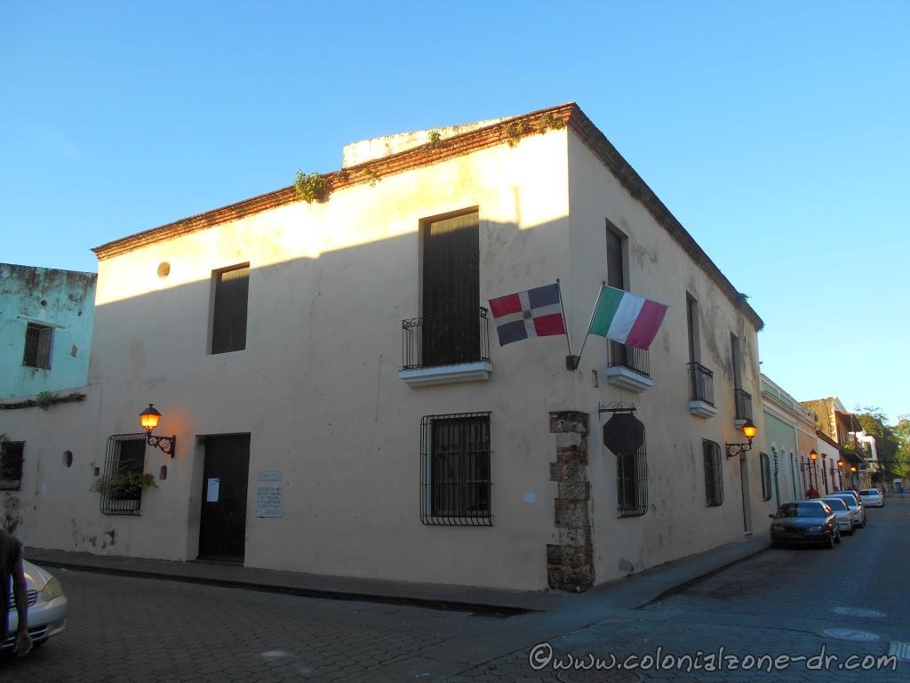 Casa de Italia Calle Hostos and Luperón, Ciudad Colonial, Santo Domingo