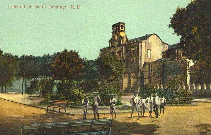 Parque Colón in 1914 and the Catedral Primada de Americas